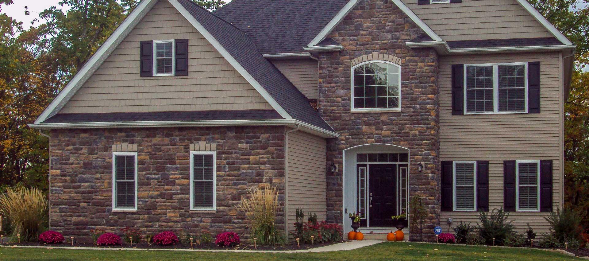 Summit Pointe Builders   Great home slide 3