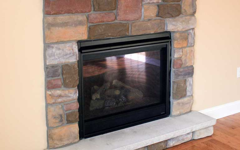 Fireplaces | Summit Pointe Builders